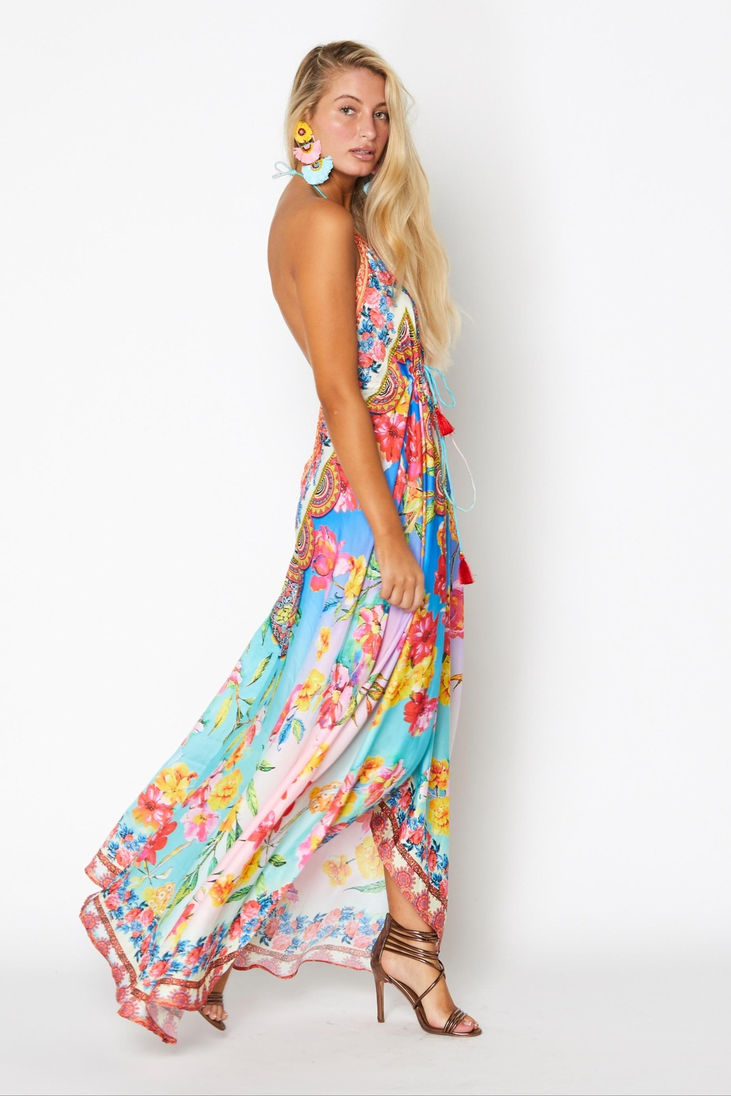 ranee?s Dreamy Floral Halter Dress - Side Cropped Image