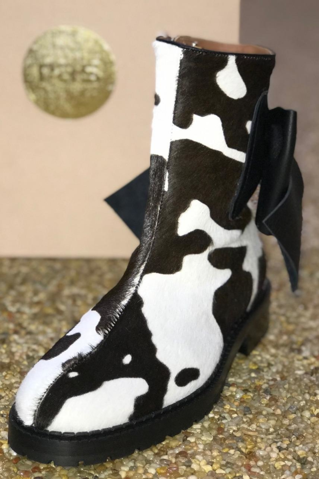ras Cowhide Boots With Bow - Main Image