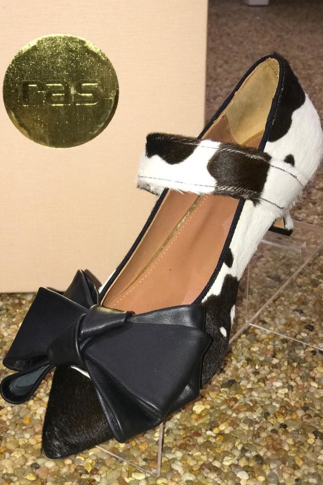 ras Cowhide Kitten Heel With Bow - Front Cropped Image