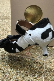 ras Cowhide Kitten Heel With Bow - Product Mini Image