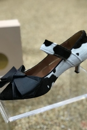 ras Cowhide Kitten Heel With Bow - Other