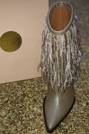 ras Dream Taupe - Front full body