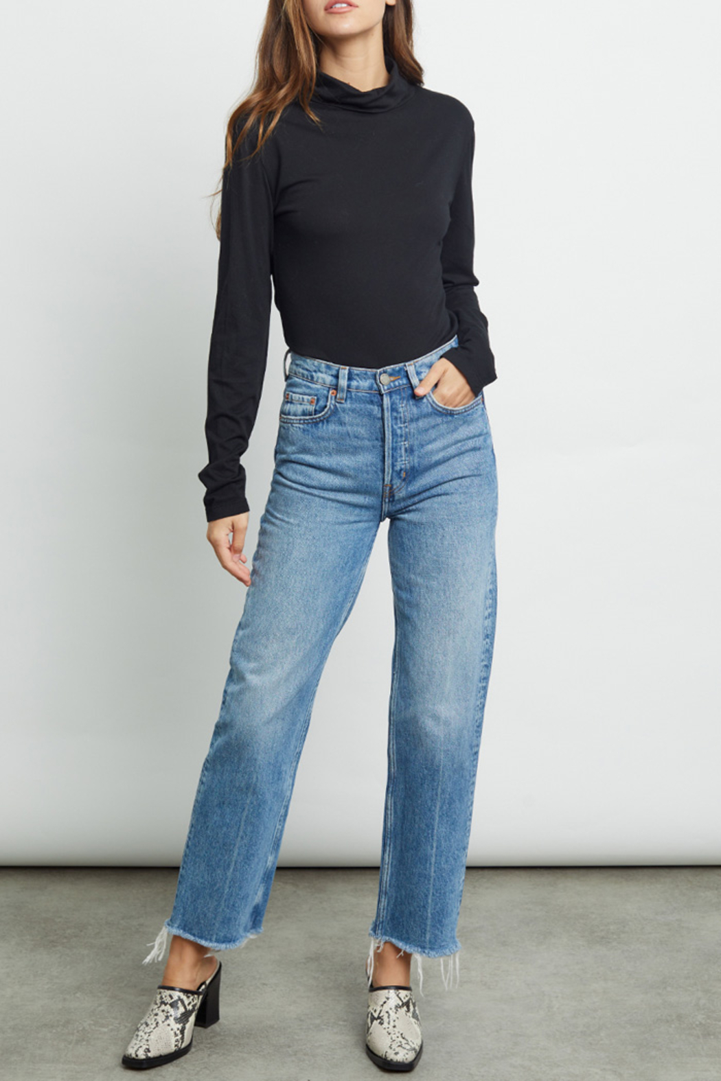 Rails Clothing Ray Lightweight Mock Neck - Side Cropped Image
