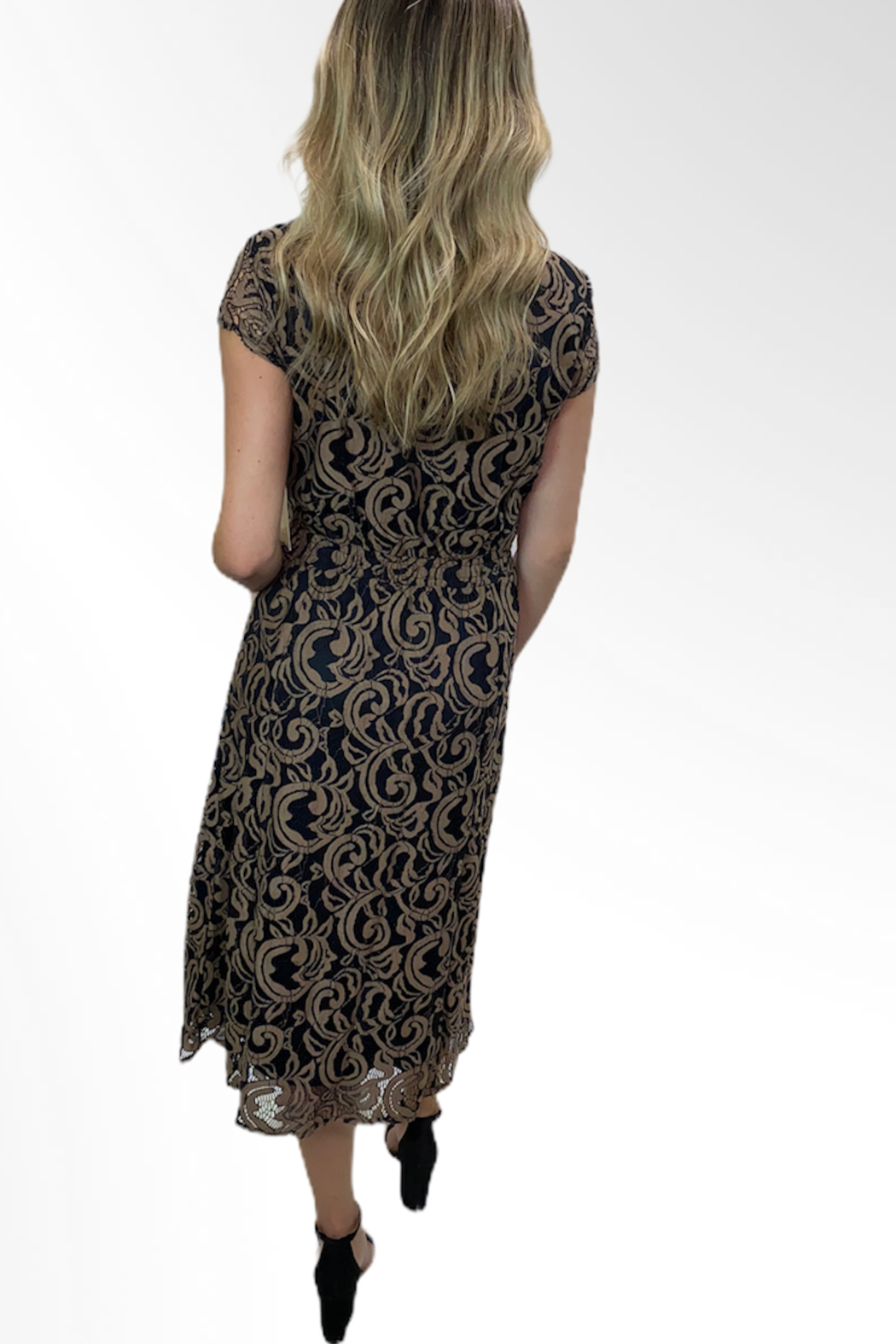 Reba Style Reba Autumn Rose Dress - Front Full Image