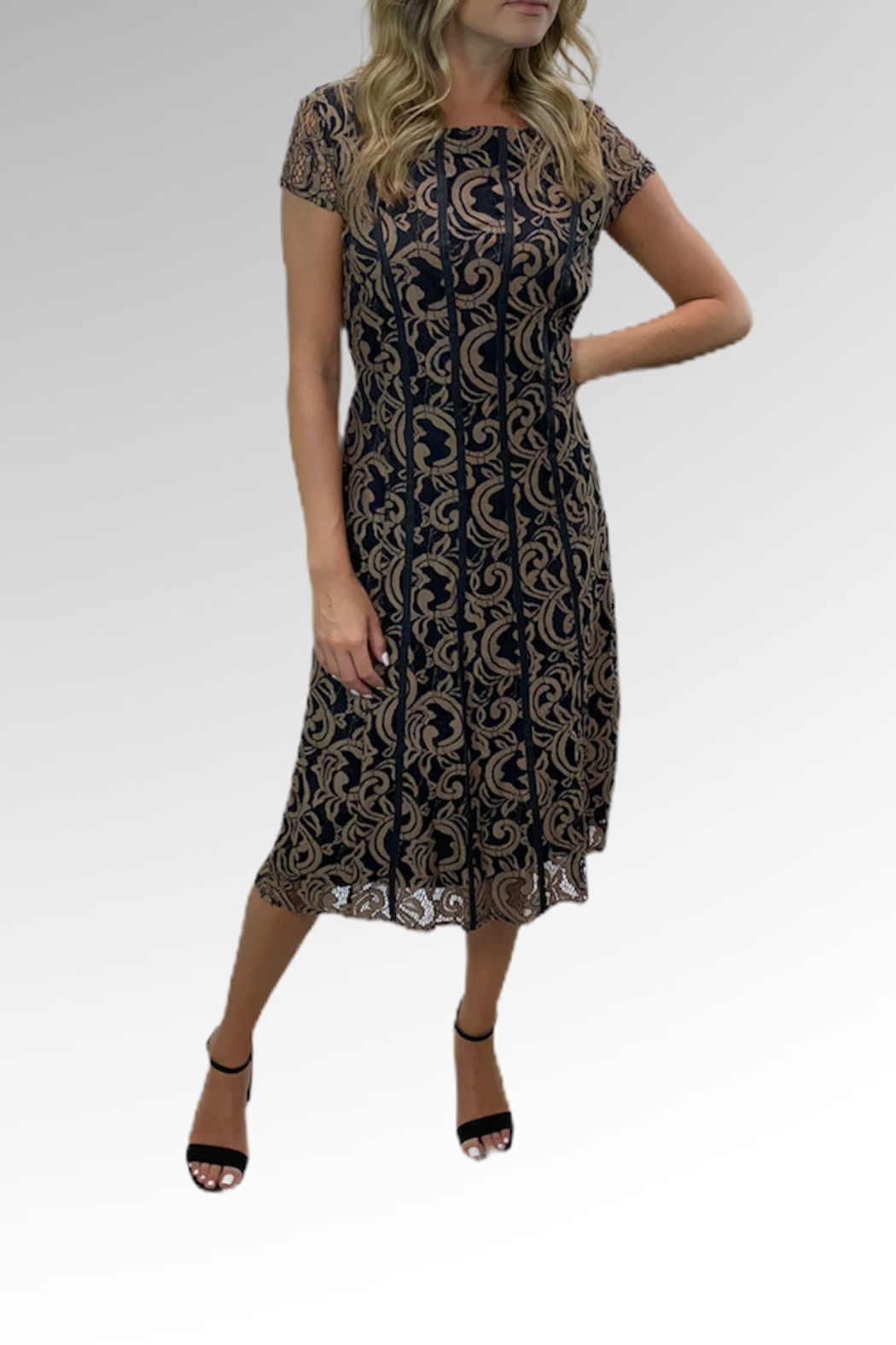 Reba Style Reba Autumn Rose Dress - Front Cropped Image