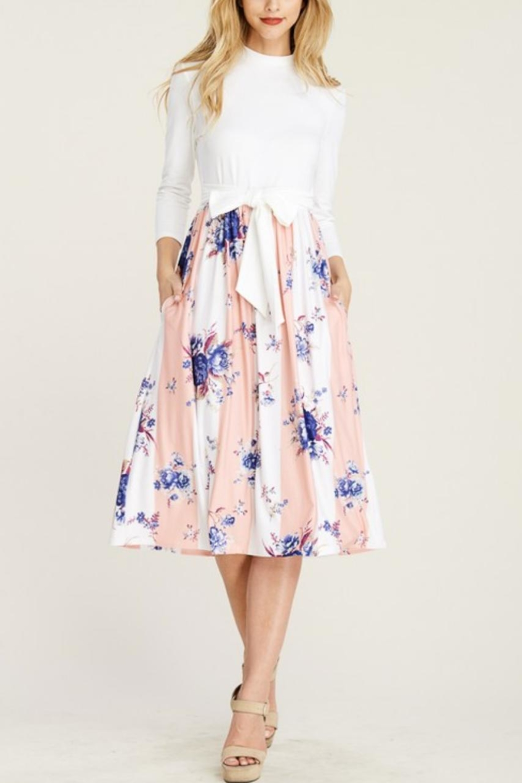Reborn J Two-Tone Floral Dress - Side Cropped Image