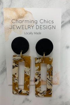 Charming Chics Rec Mustard Earrings - Alternate List Image