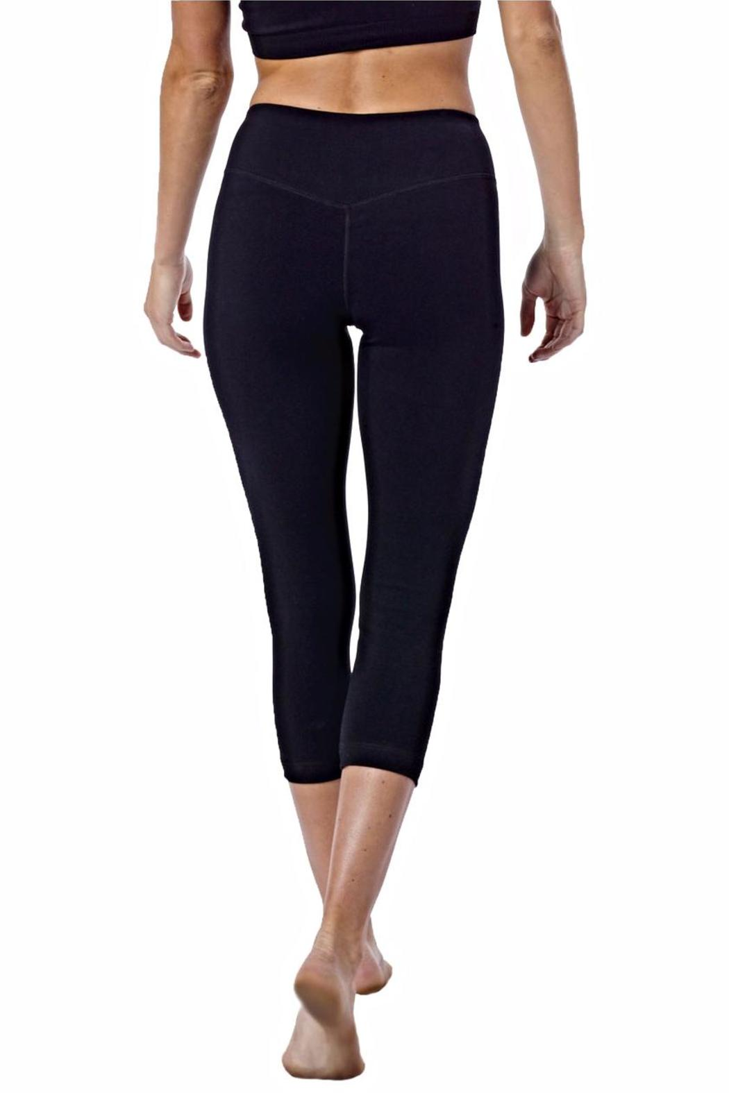 Recover active crop legging from florida by scout molly for Active salon supplies