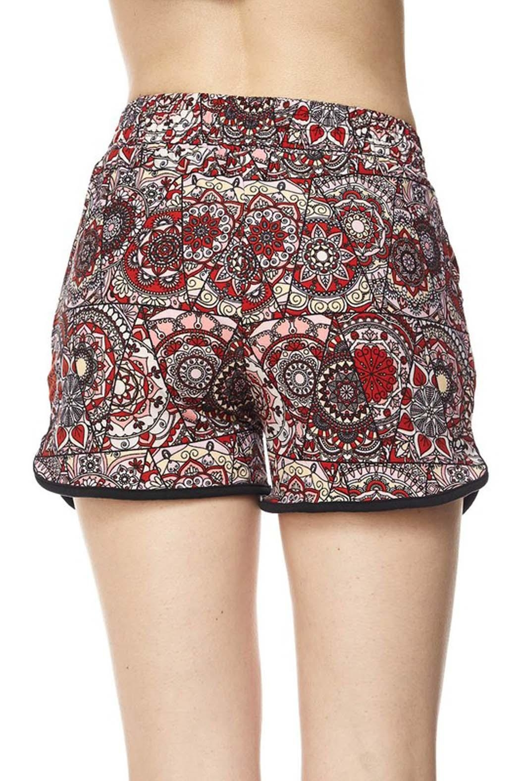 New Mix Red Abstract Shorts - Side Cropped Image