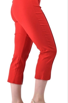Ethyl Thousand Oaks Red capri pants - Alternate List Image