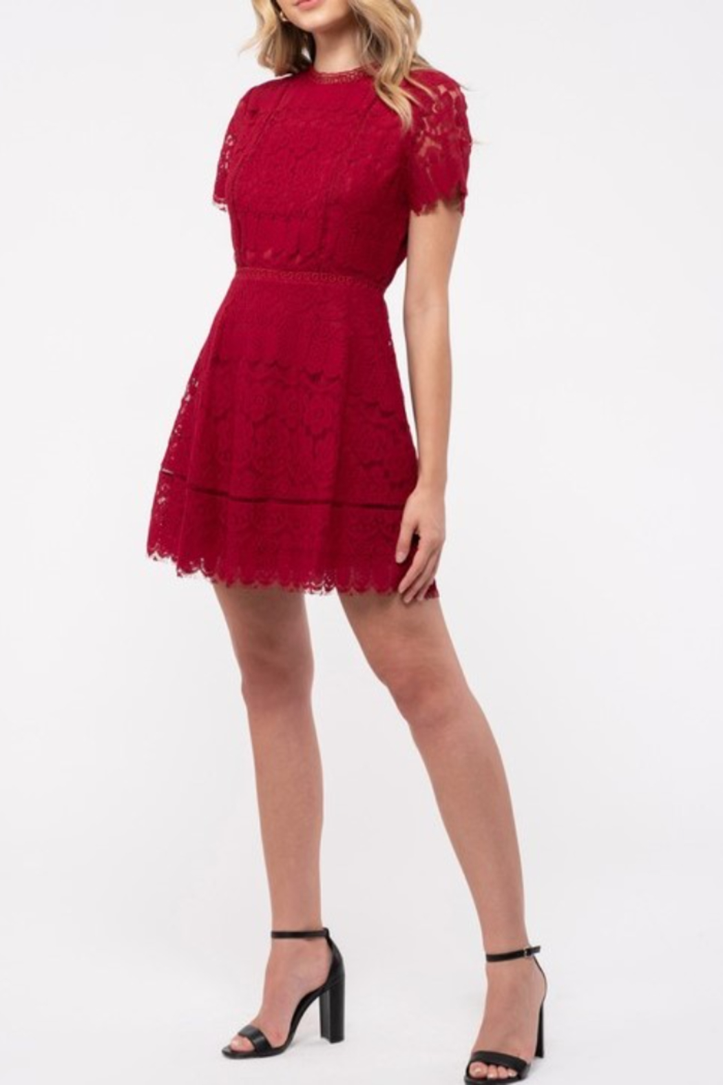 blu Pepper  Red lace dress with short sleeves and fitted body - Main Image