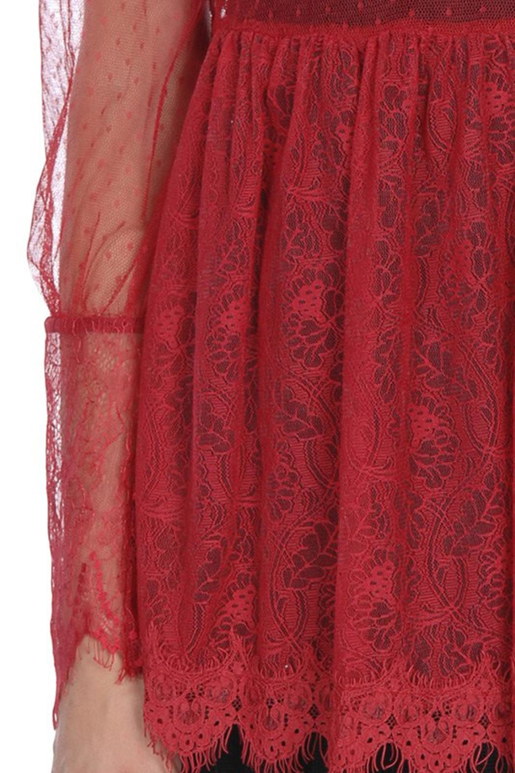 The Vintage Valet Red Lace Top - Side Cropped Image