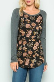 Acting Pro Floral Raglan - Front cropped