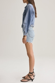 AGOLDE Reese Relaxed Cut Off Short - Side cropped