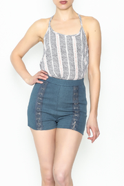 Rehab Buckle short - Front cropped