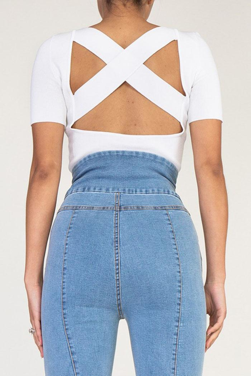 Rehab Cutout Crop Top - Side Cropped Image