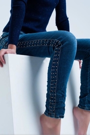Q2 Relaxed Fit Jeans - Product Mini Image