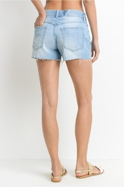 Just USA Relaxed Frayed Shorts - Side cropped