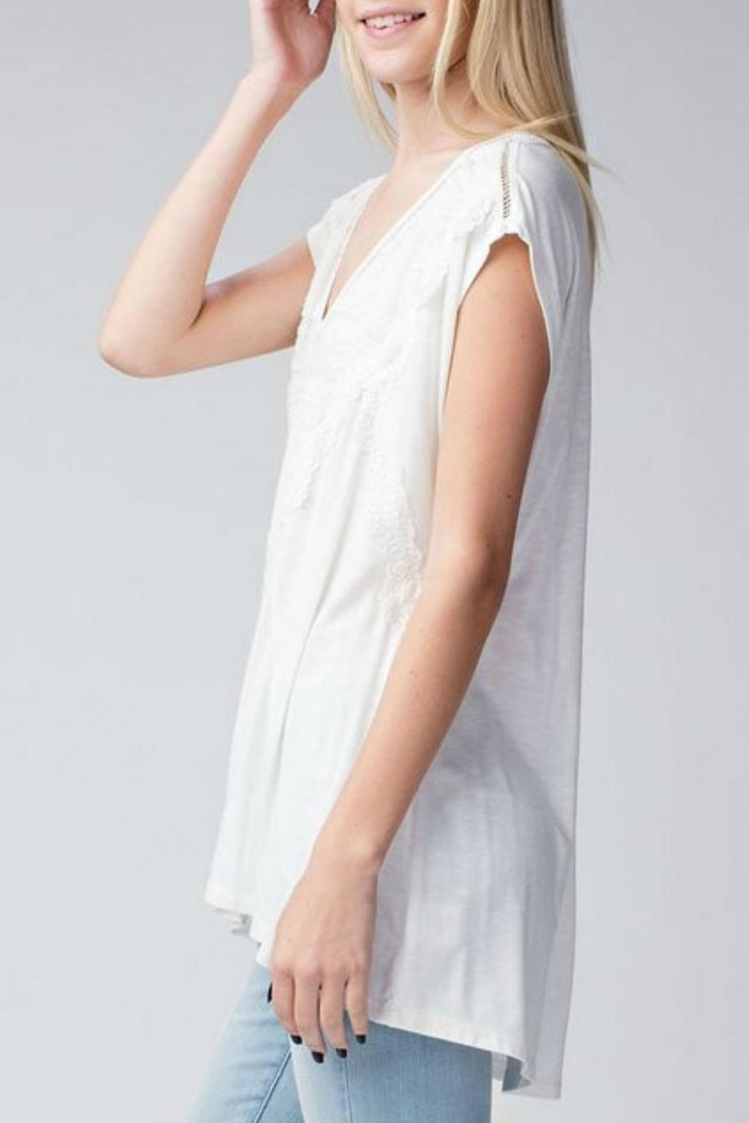 Jodifl Relaxed Lace-Trimmed Tunic - Side Cropped Image