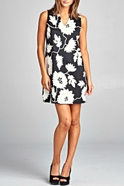 Renee C v-Neck Floral Dress - Product Mini Image