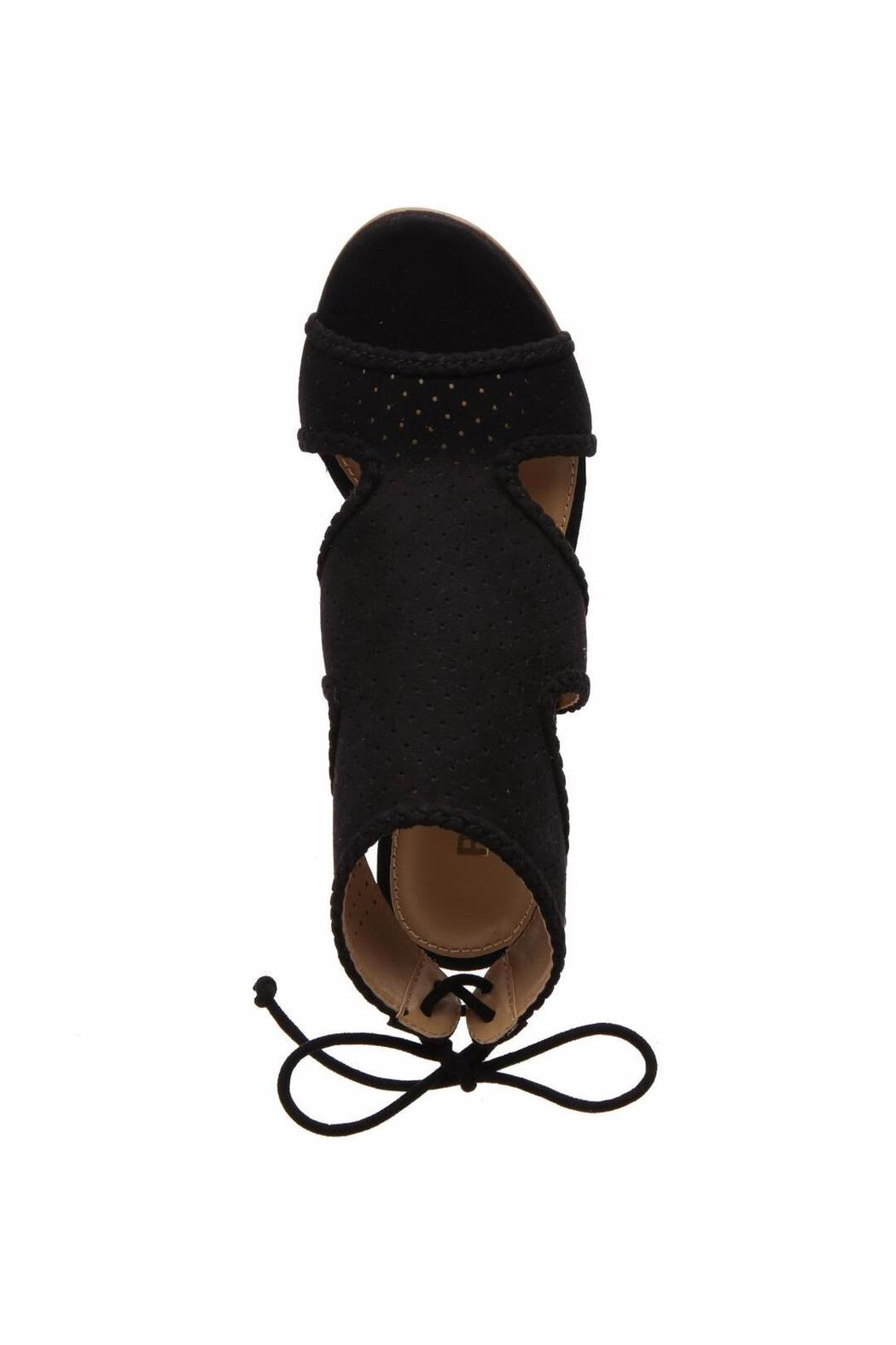 Report Signature Vegan Hooded Wedge - Back Cropped Image