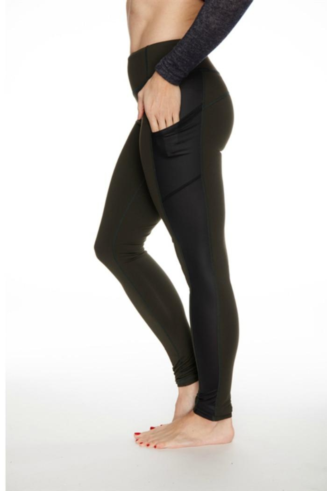 Rese Activewear Glossy Pocket Leggings - Front Full Image