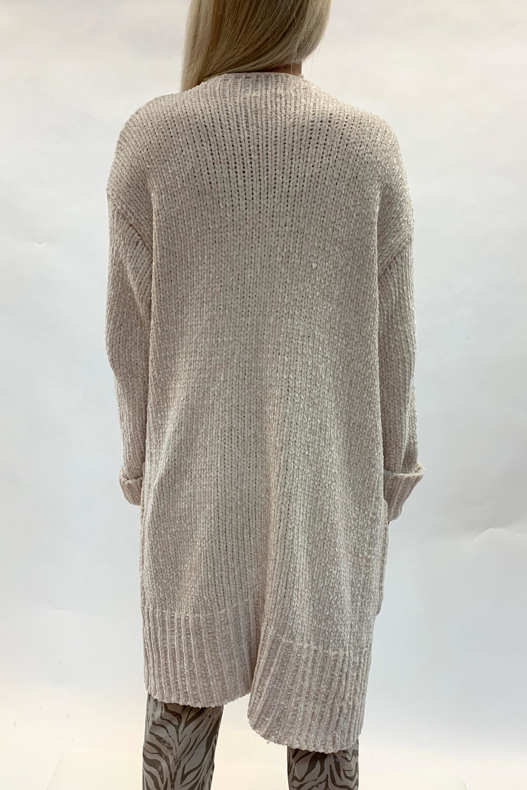 RESET BY JANE Ivory Cardigan - Side Cropped Image