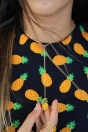 Mayes Accesorios Resin Pineapple Tie - Product Mini Image