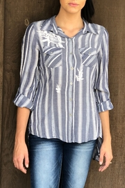 Lola P Retro Tie-Back Shirt - Front cropped