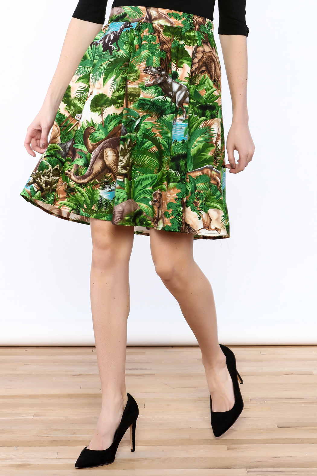 Retrolicious Jurassic Park Skirt - Front Cropped Image