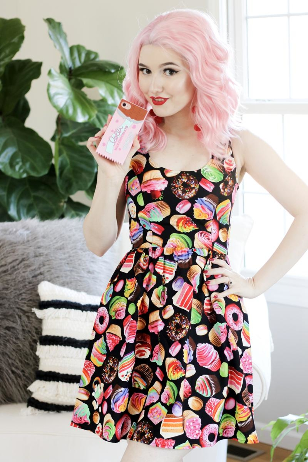 Retrolicious Sweet Dreams Dress - Front Cropped Image