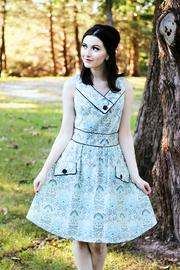Retrolicious Vintage Style Octopus Dress - Front cropped
