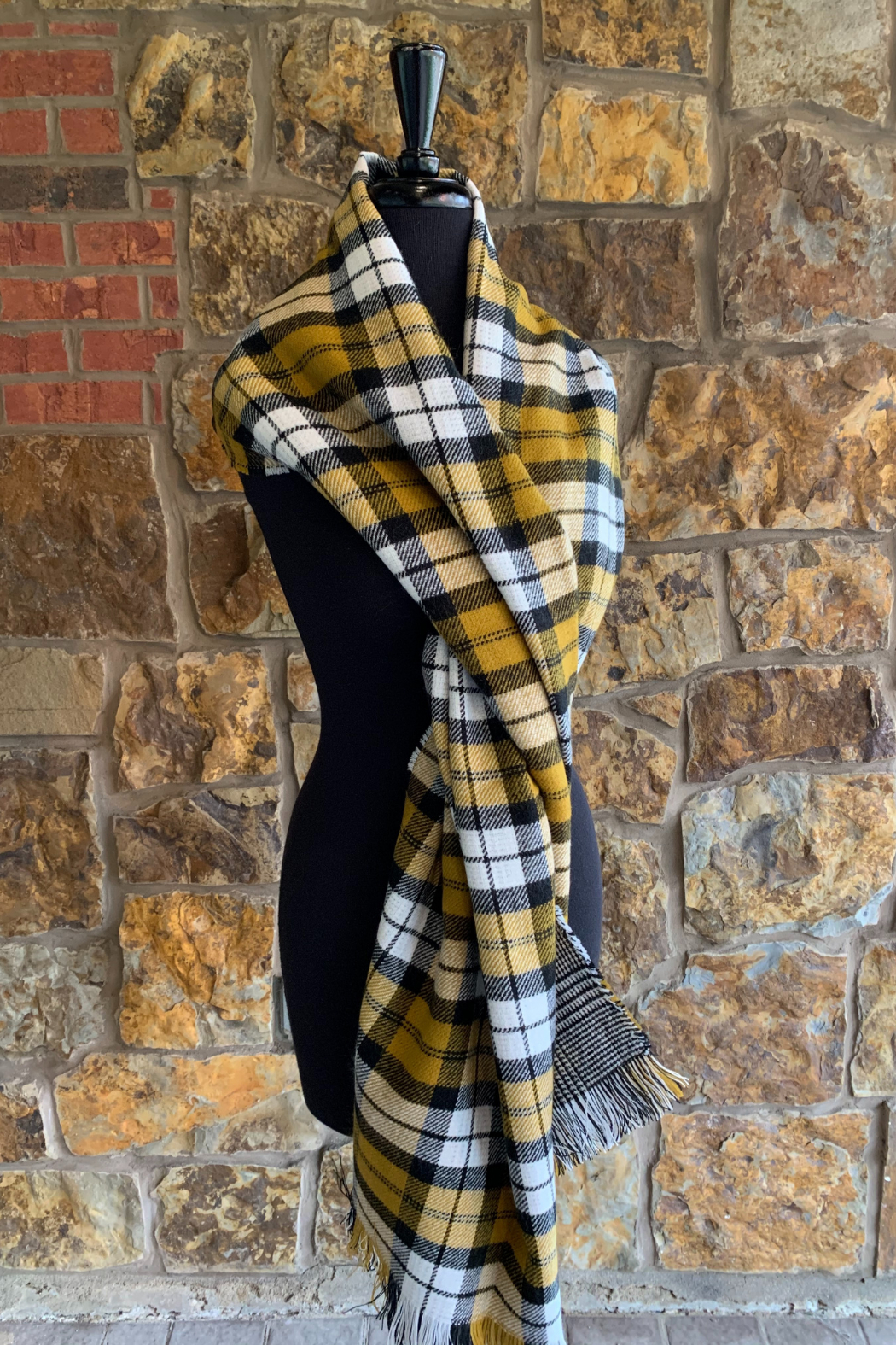 Giftcraft Inc.  Reversible Print Scarf - Front Cropped Image