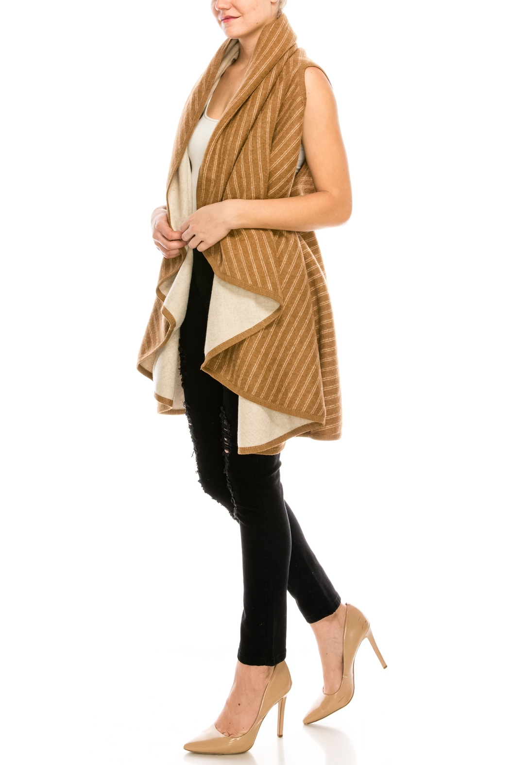 Look by M Reversible Shawl Scarf - Side Cropped Image