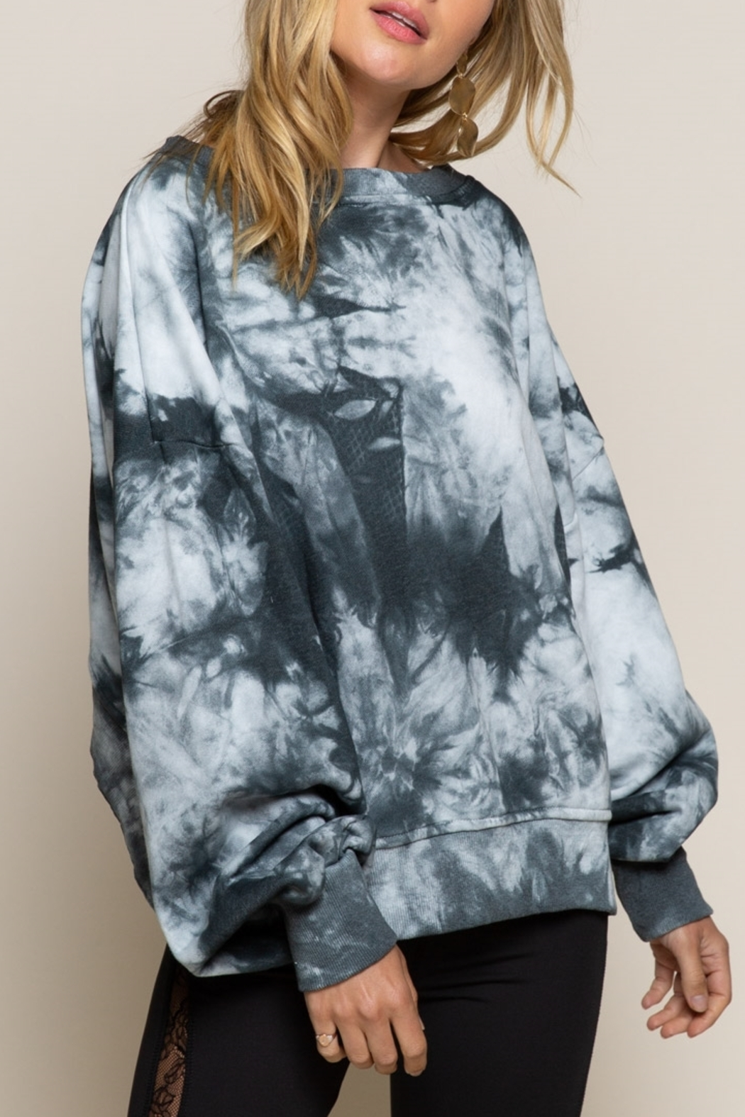 POL  Reversible Tie Dye - Side Cropped Image