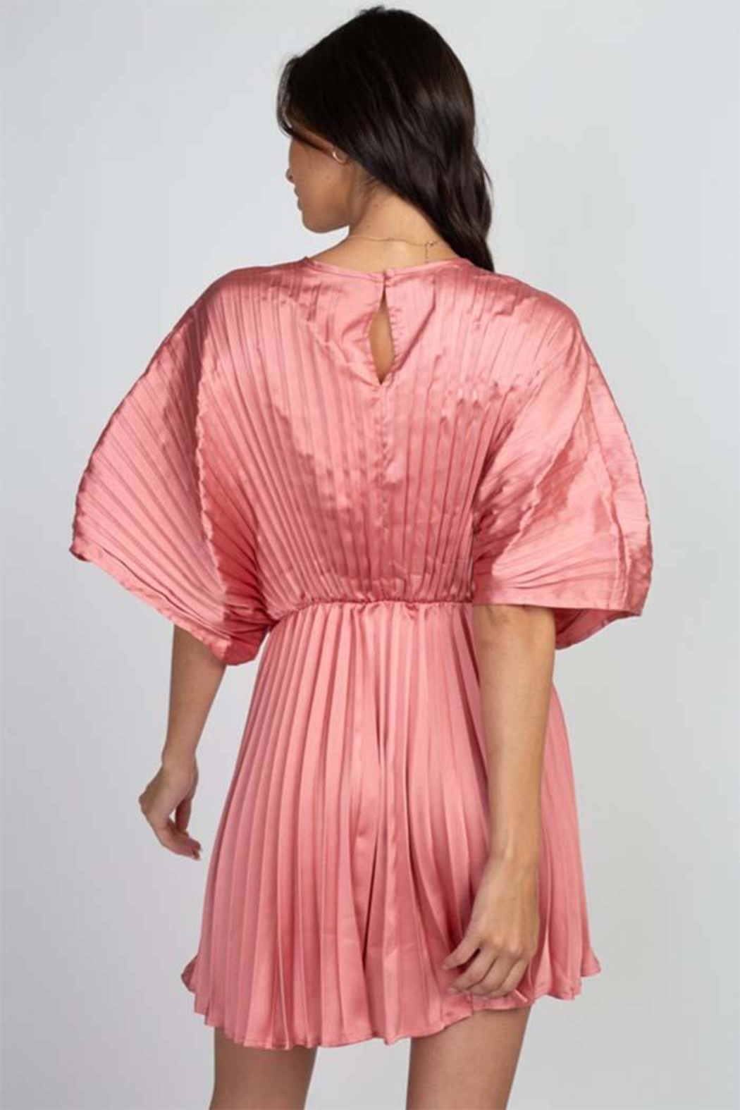 Reveuse Pink Pleated Dress - Side Cropped Image