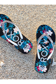 Roxy RG Pebbles VII Flip Flops - Front full body