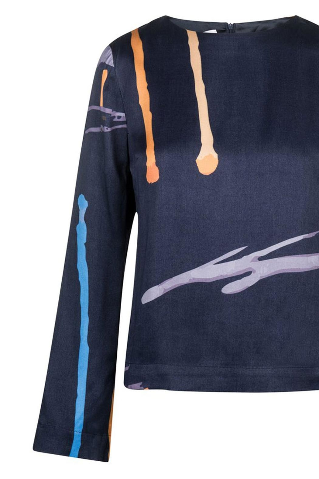 RHUMAA Top With Art Print - Side Cropped Image
