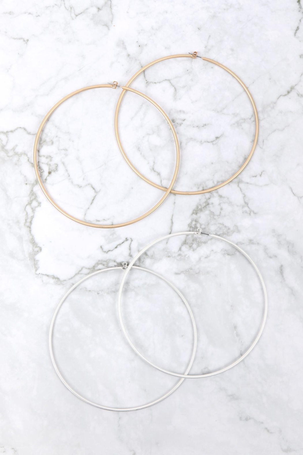 Riah Fashion 2mm-Wire-100mm-Hoop - Side Cropped Image