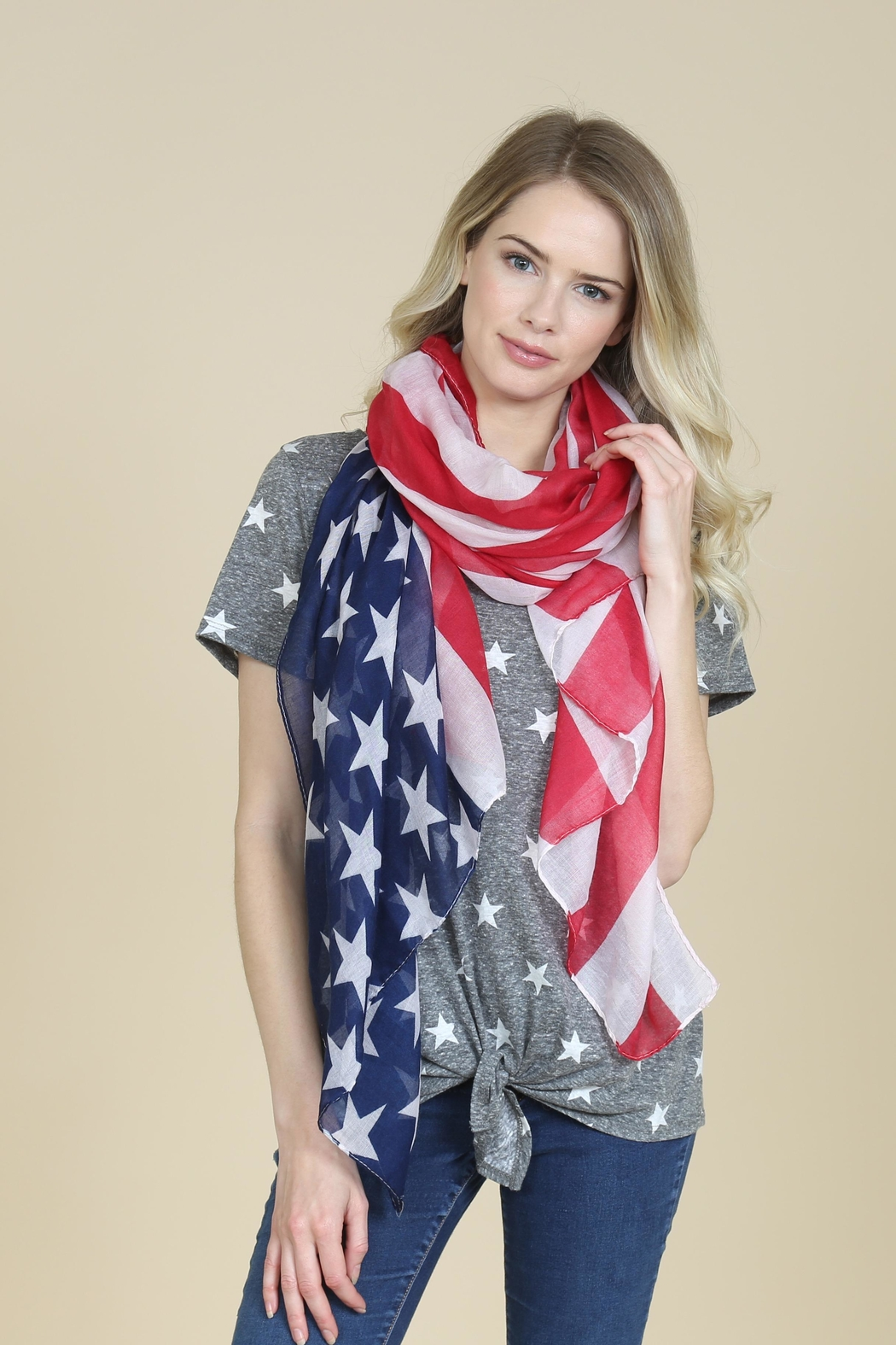Riah Fashion American Flag Oblong-Scarf - Side Cropped Image