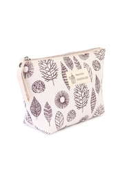Riah Fashion Leaf Cosmetic Pouch - Front full body