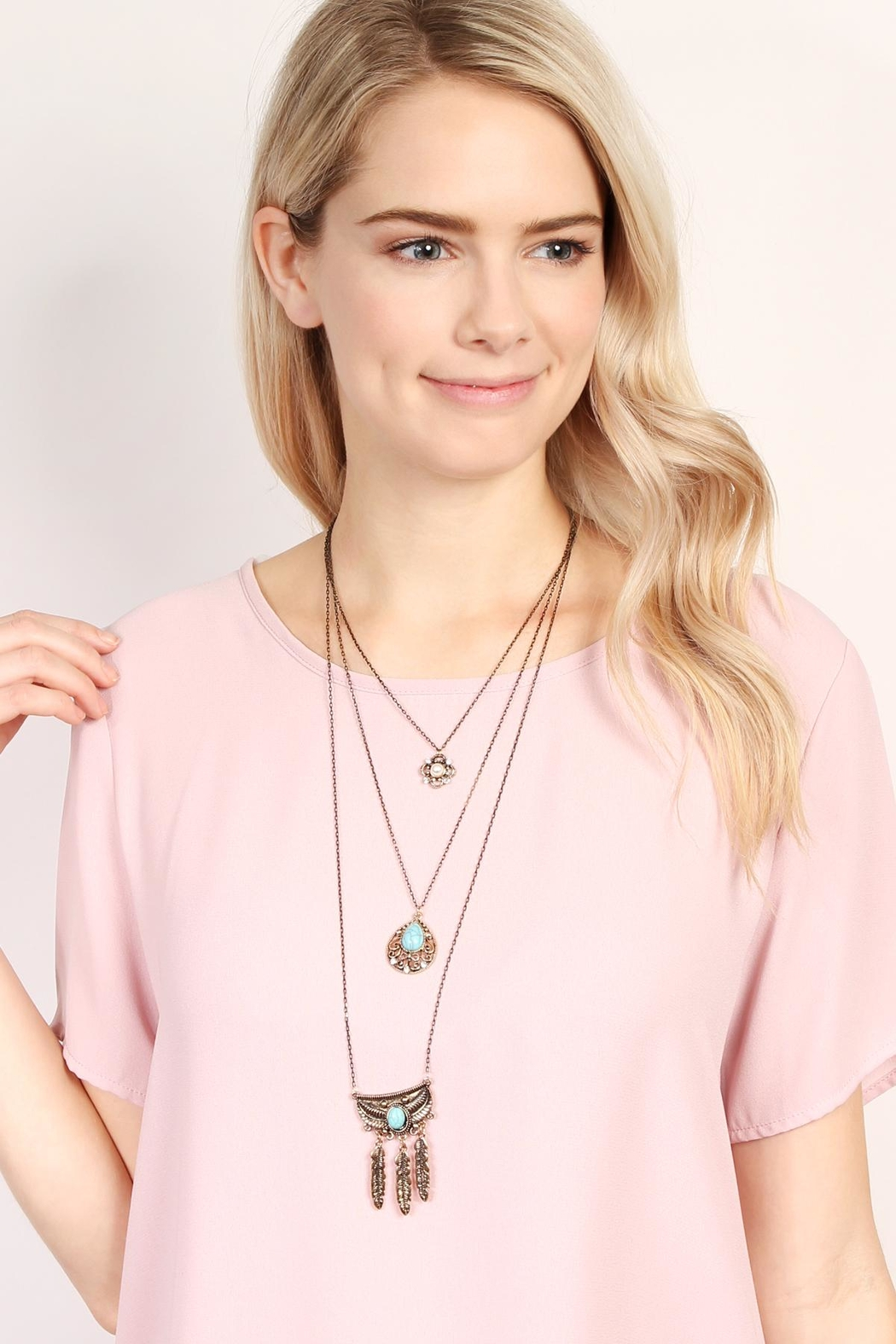 Riah Fashion Flower Teardrop Turquoise Pendent-Layer-Necklace - Side Cropped Image