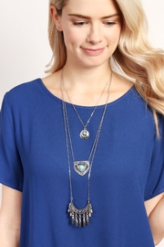 Riah Fashion Turquoise Pendent Layer Necklace - Side cropped