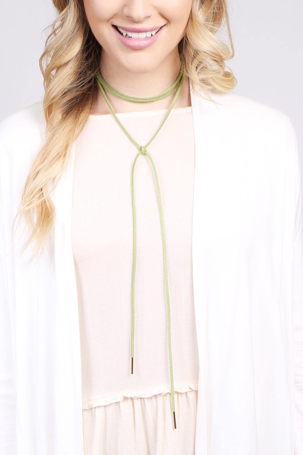 Riah Fashion Bow Wrapping Choker - Front Full Image