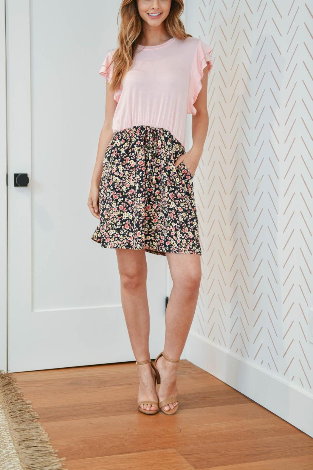 Riah Fashion Cap-Sleeve-Solid-Top-Floral-Contrast-Dress - Side Cropped Image