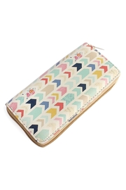 Riah Fashion Chevron Print Zipper Wallet - Product Mini Image
