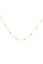 Riah Fashion Clover Stationary Necklace - Front cropped
