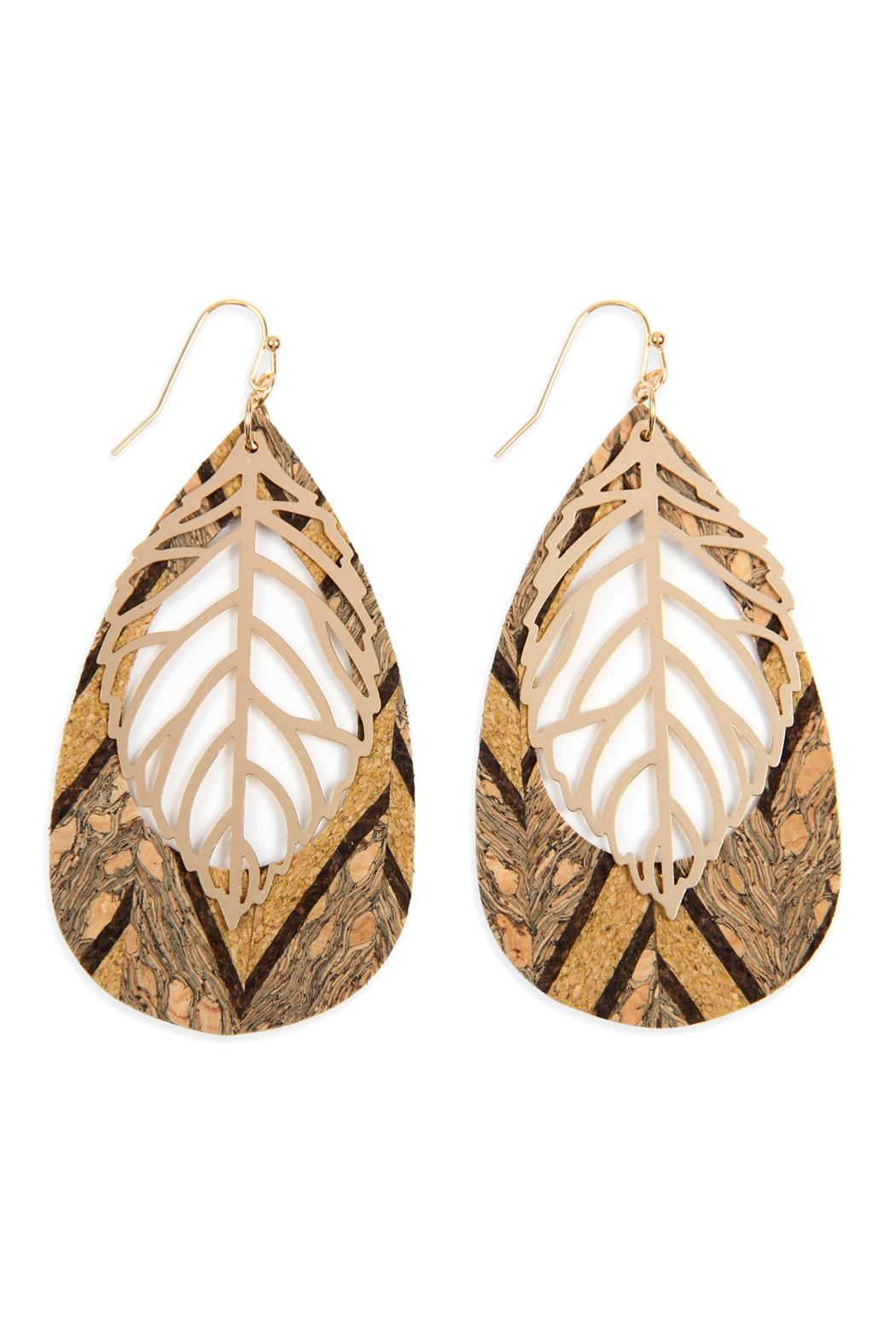 Riah Fashion Cork Pattern Teardrop-With-Metal Leaf-Filigree-Earring - Front Cropped Image