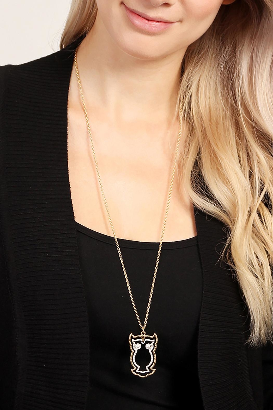 Riah Fashion Cute Owl Necklace - Side Cropped Image