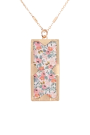 Riah Fashion Floral Charm Pendant Necklace - Front cropped